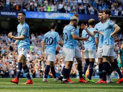 Manchester City se venga del Tottenham y sueña con el título