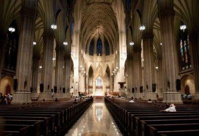 Detenido con gasolina en la catedral de NYC planificaba volar a Roma