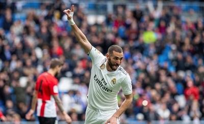 HOY / El mejor Benzema premia a un Real Madrid más serio