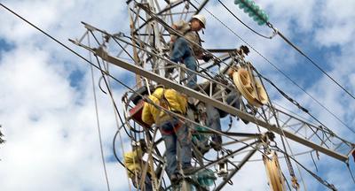 Ande repone servicio en localidades de Itapúa afecatadas por eventos climáticos