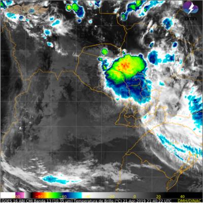 Persiste alerta por tormentas en seis departamentos