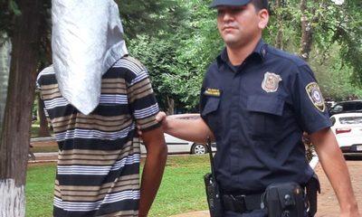 Detienen a un hombre con orden de captura y varios antecedentes
