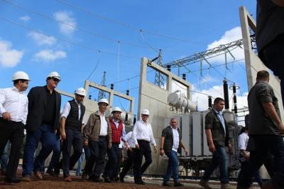 Mandatario verifica obras en subestación para reforzar sistema eléctrico de Alto Paraná