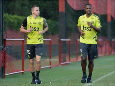 Flamengo, sin Piris Da Motta, viajó a Quito para medir a Liga