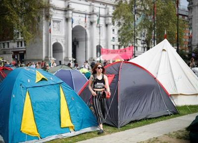 Manifestantes paran bloqueos en Londres