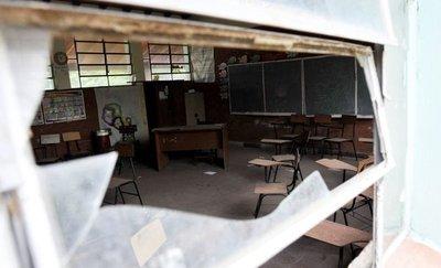 Declaran en emergencia las instituciones educativas