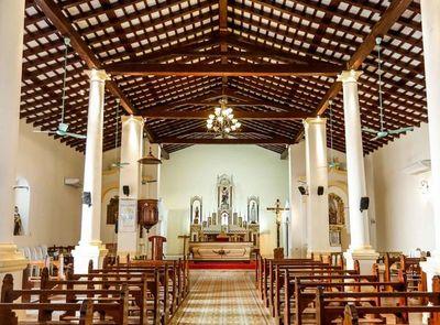 Iglesia de Paraguarí infestado de termitas
