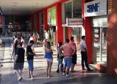 Servicio de policías en supermercados será durante 10 días