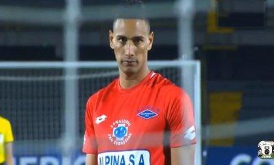 Bendrix Parra se quedará en Paraguay pese a rescisión de Independiente