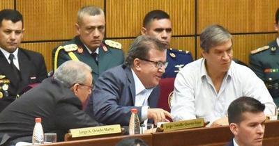 Plan de forzar jura de Nicanor sigue en pie, pero saltan dudas sobre níºmeros