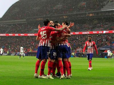 Atlético de Madrid alarga la definición de La Liga tras vencer al Valencia