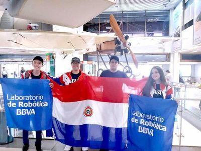 Dos equipos del BBVA representan la tricolor en Mundial de Robótica