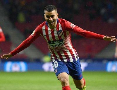 Atlético aplaza título de Barça