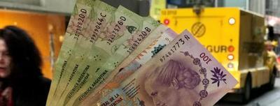 Riesgo país argentino se dispara: fuerte caída del peso