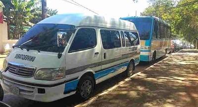Denuncian pedido de coima para habilitar transportes que buscan alumnos de Foz