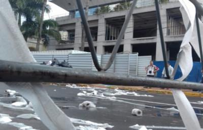Funcionarios de la Cámara de Diputados abandonan el edificio por seguridad