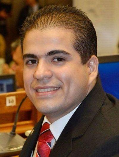 Corte absuelve  al diputado Salinas