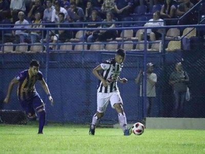Santaní rescata un punto en debut de Pablo Caballero