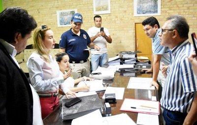 Fiscalas buscan indicios contra clan Zacarías Irún