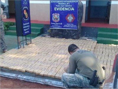 Tras persecución, incautan 290 kilos de marihuana