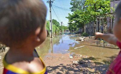 Con víveres y abrigos, podemos ayudar a los afectados por la crecida del río