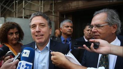 Brasil dice que apoyará todos los esfuerzos de estabilización de Argentina