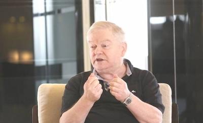 HOY / Padre Aldo Trento en terapia intermedia: evoluciona de manera favorable, afirman
