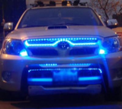 Patrulla Caminera inicia control de luces adicionales en vehículos