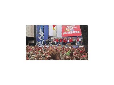 Maduro y Guaidó miden fuerzas antes de marchas del 1 de mayo
