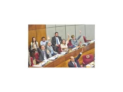Debate de paridad en desbloqueo confronta a bancadas del Senado