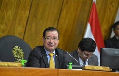 HOY / Cuevas tiene a la parentela colgada de cargos públicos