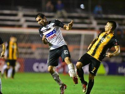Guaraní salva el punto en el Nido