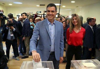 Elecciones en España: Partido Socialista gana y la extrema derecha irrumpe en el Congreso