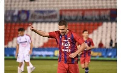Cerro Porteño golea a Nacional con doblete de Palau