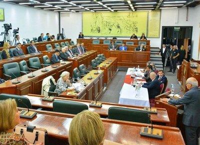 Audiencias públicas para terna de la Corte