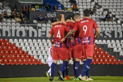 Cerro Porteño también gana y mantiene distancia del líder