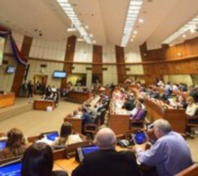 Diputados retiran acusación contra César Garay Zuccolillo