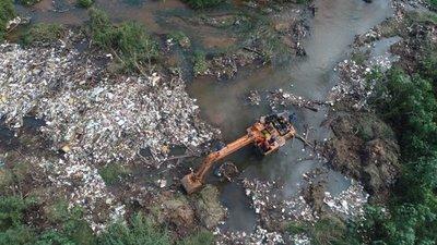 Arroyo es un gran basurero