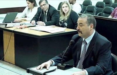 """""""Niñera de oro"""" cobraba dos sueldos, confirma senador"""