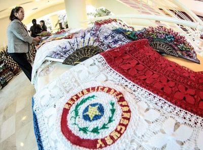 Se unirán para fomentar la conservación de la artesanía