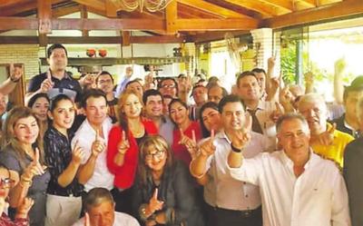 Wilberto Cabañas está rodeado por políticos procesados y denunciados