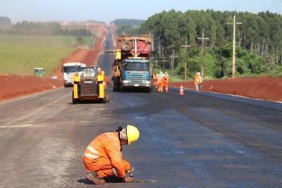Asfaltarán 123 km en departamentos de Guiará, Alto Paraná y Caaguazú