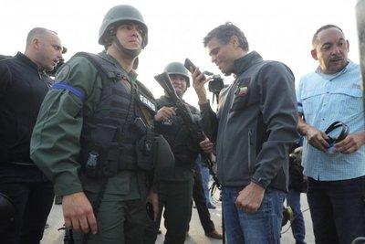EE.UU. insta a Fuerzas Armadas a apoyar levantamiento de Guaidó
