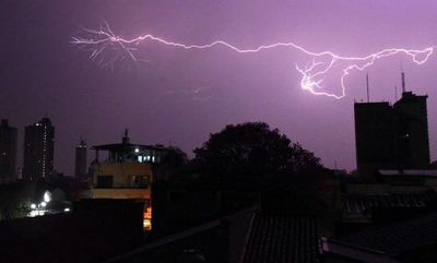 Alerta por tormentas para casi todo el país
