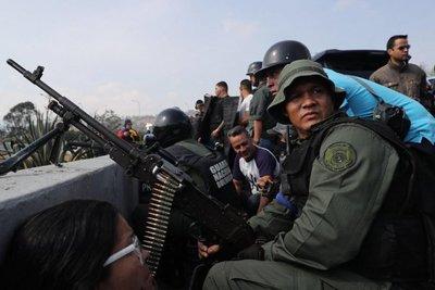 Más de tres meses de tormenta política en Venezuela