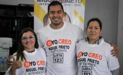 """Prieto recibe el apoyo de Canale y """"Ña Raimunda"""""""