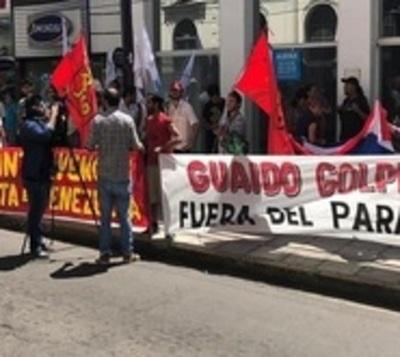 """Frente Guasu mantiene """"firme solidaridad"""" con Nicolás Maduro"""