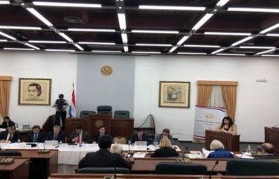 Carolina Llanes admite que sectores manipulan a la Justicia de acuerdo a su conveniencia