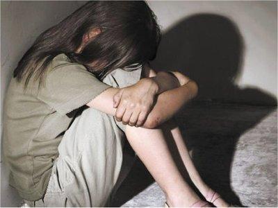 Rescatan a adolescente víctima de abuso sexual y detienen a sus familiares