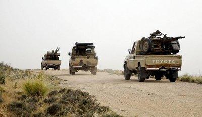 Fuerzas gubernamentales libias en lento avance contra Haftar